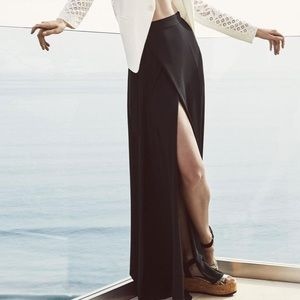 BCBG Max Azria black chiffon skirt with slit xs